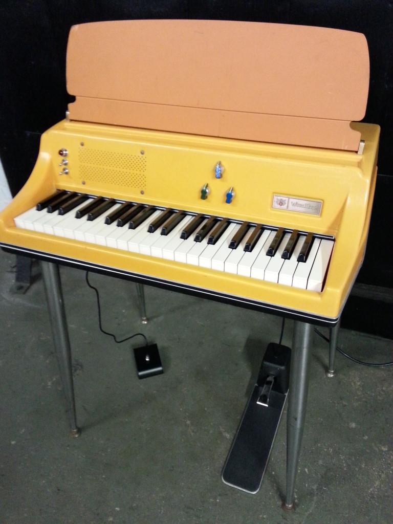 Wurlitzer 106P Full Orange