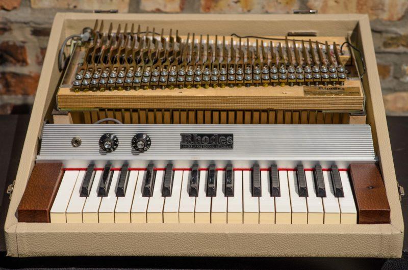 Fiesta Piano Bass-6